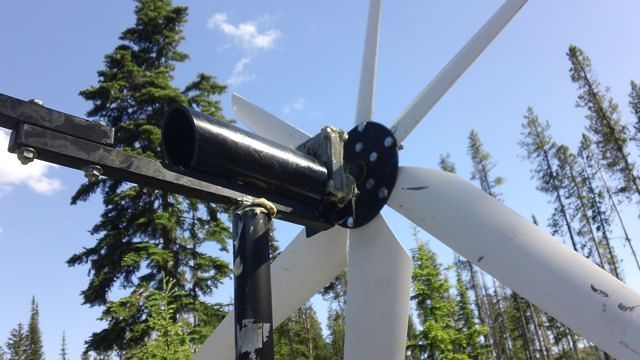 Cheap DIY Wind Turbine Does Well in Wind Storm » T h e – C e d a r